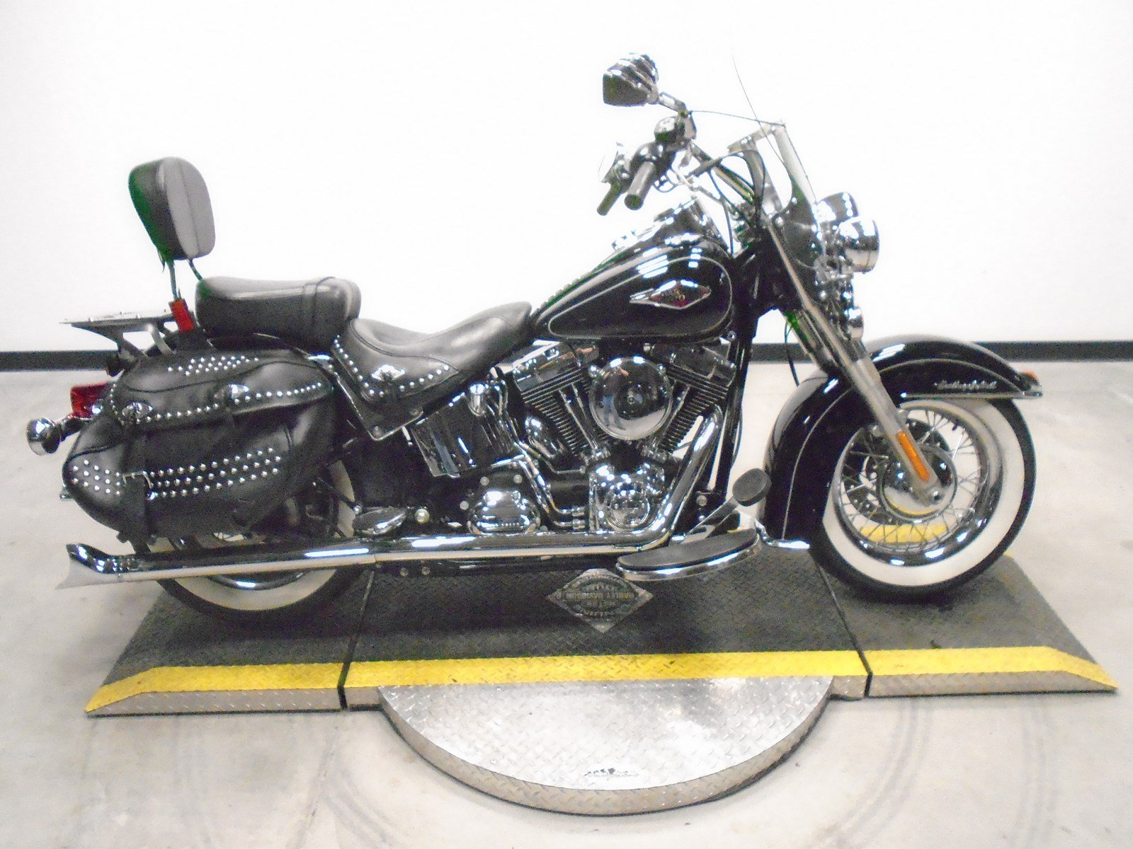 Pre-Owned 2013 Harley-Davidson Softail Heritage Classic FLSTC