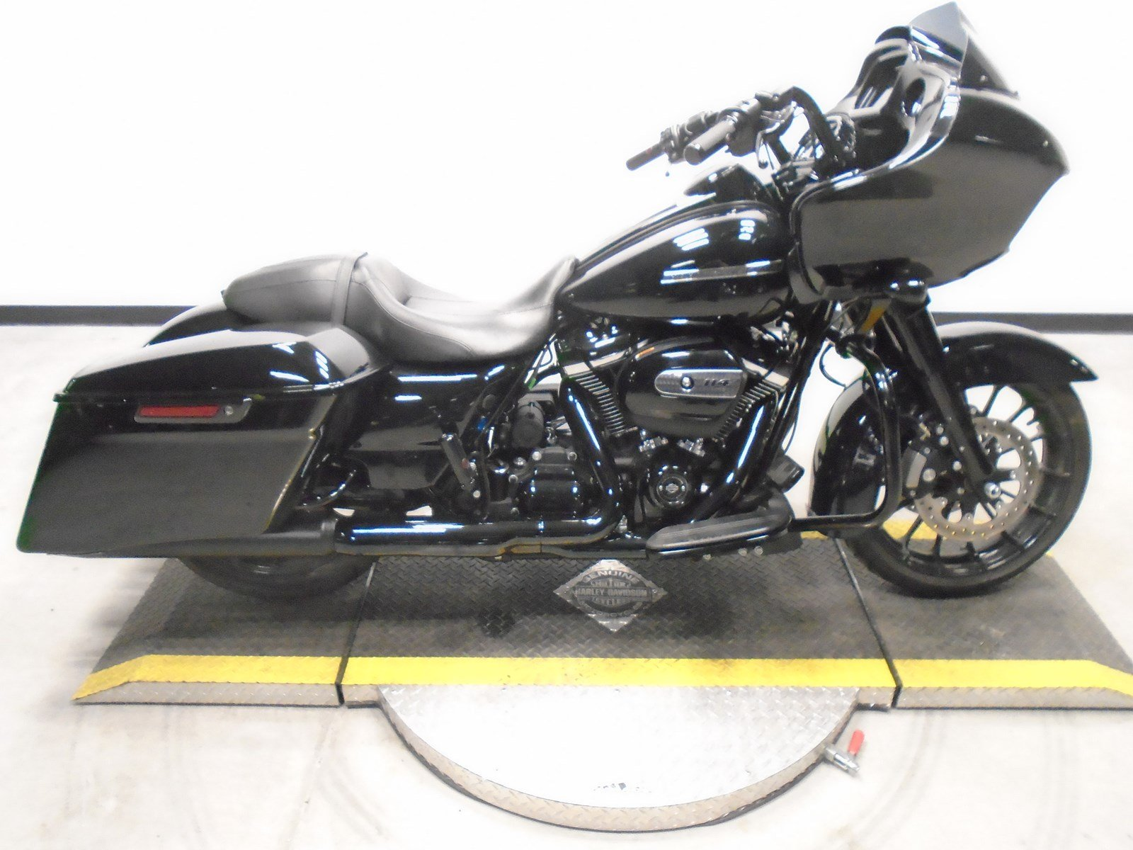 Pre-Owned 2019 Harley-Davidson Road Glide Special FLTRXS
