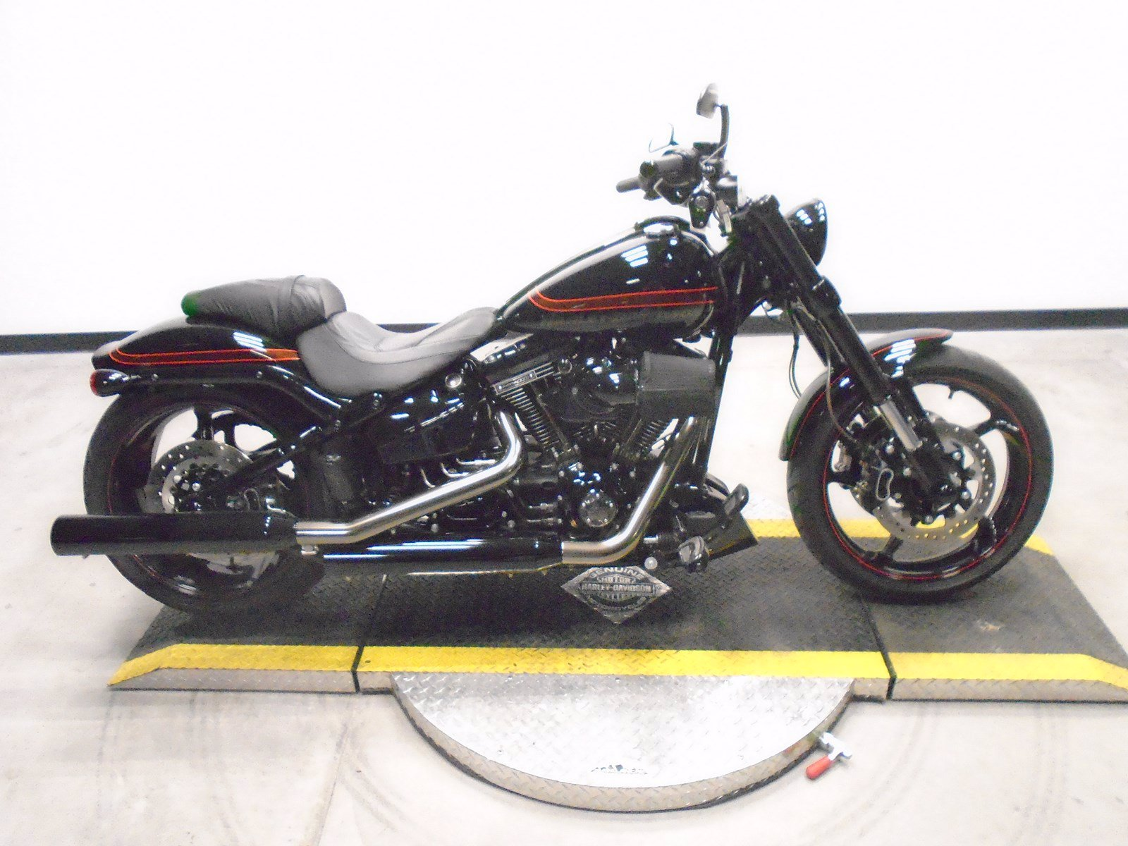 Pre-Owned 2017 Harley-Davidson Softail Pro Street Breakout CVO FXSE CVO/Softail