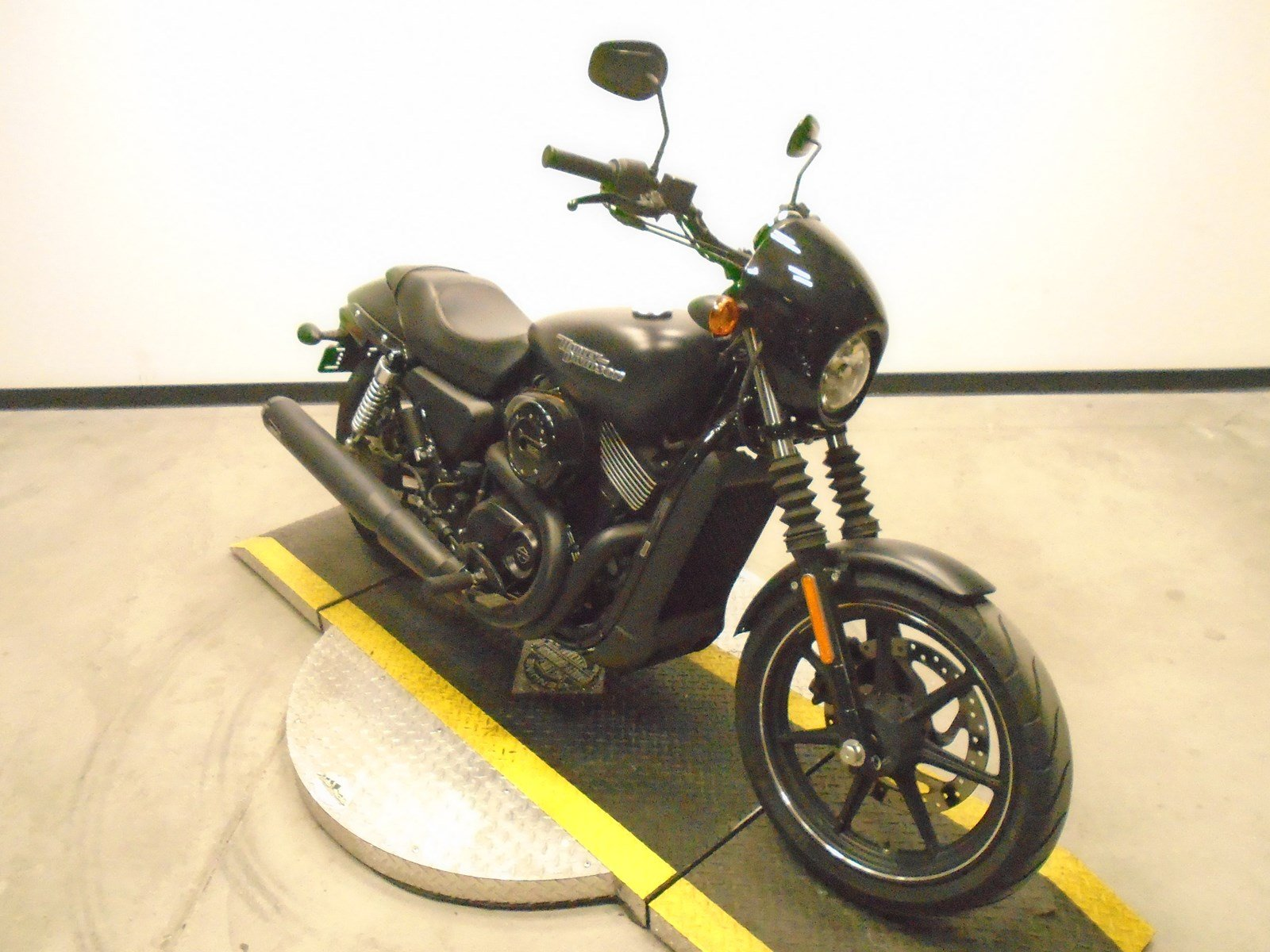 Pre-Owned 2017 Harley-Davidson Street 750 XG750 Street in Golden  U506546  55865bed39bc
