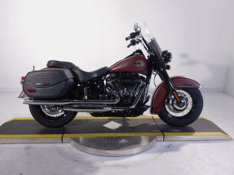 New 2018 Harley-Davidson Softail Heritage Classic 114 FLHCS