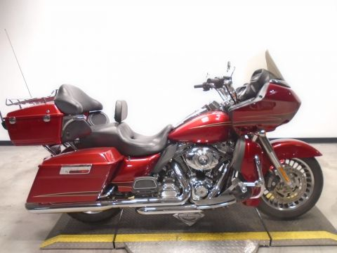 Pre-Owned 2012 Harley-Davidson Road Glide Ultra FLTRU