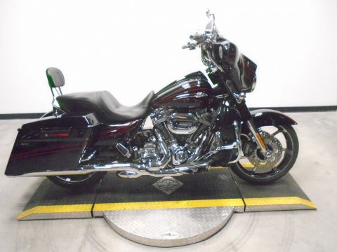 Pre-Owned 2011 Harley-Davidson Street Glide CVO FLHXSE CVO/Touring