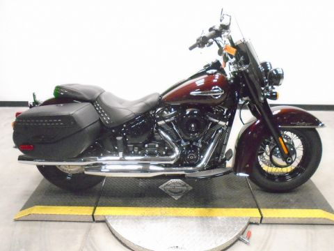 Pre-Owned 2018 Harley-Davidson Softail Heritage Classic FLSTC