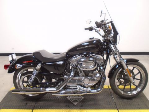 Pre-Owned 2018 Harley-Davidson SuperLow